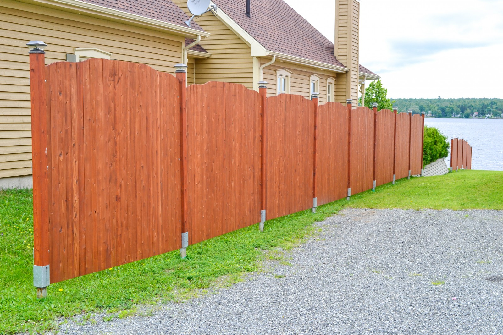 Screw piles on the fence: installation and installation 86